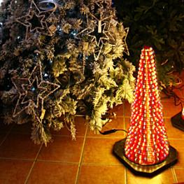 Декорация электр Конус светящийся разноцветный (564-07)